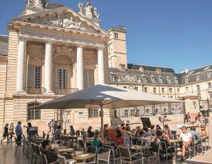 Dijon place de la Liberation Alain Doire Bourgogne Tourisme