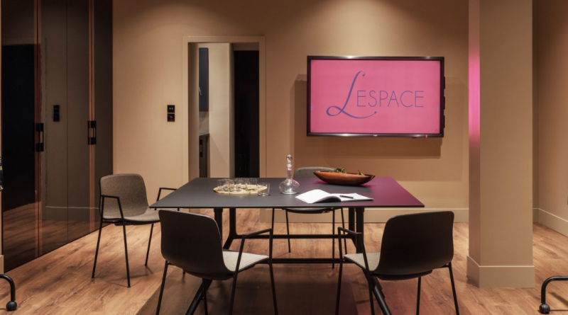 éunir l'Espace de l'établissement l'Hotel à Nantes