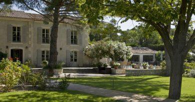 réunir hôtel Benvengudo aux Beaux de Provence